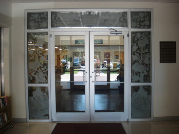 Commercial-Traditional-Entry-Glass-Etching