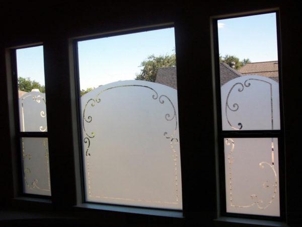 Privacy-Door-Glass-Etching-5