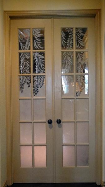 Privacy-Door-Glass-Etching-8
